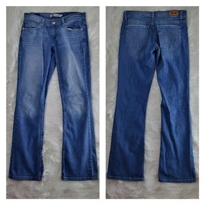 524 light wash mid rise bootcut levi's jeans
